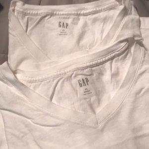 2 Gap XXL Men's White T-shirt's